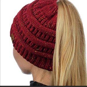 Messy bun C.C exclusives 365 beanie hat